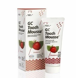 GC Tooth Mousse - płynne szkliwo bez fluoru, odżywka do intensywnej odbudowy szkliwa, smak truskawka